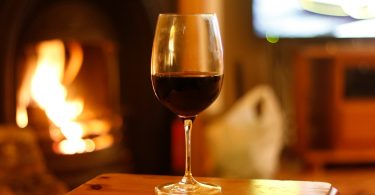 wine-glass-restaurant-drink-red-wine-beer-36426-pxhere.com